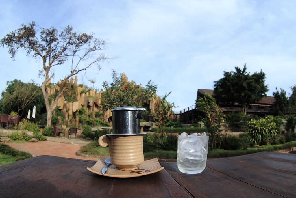 lang-cafe-trung-nguyen7